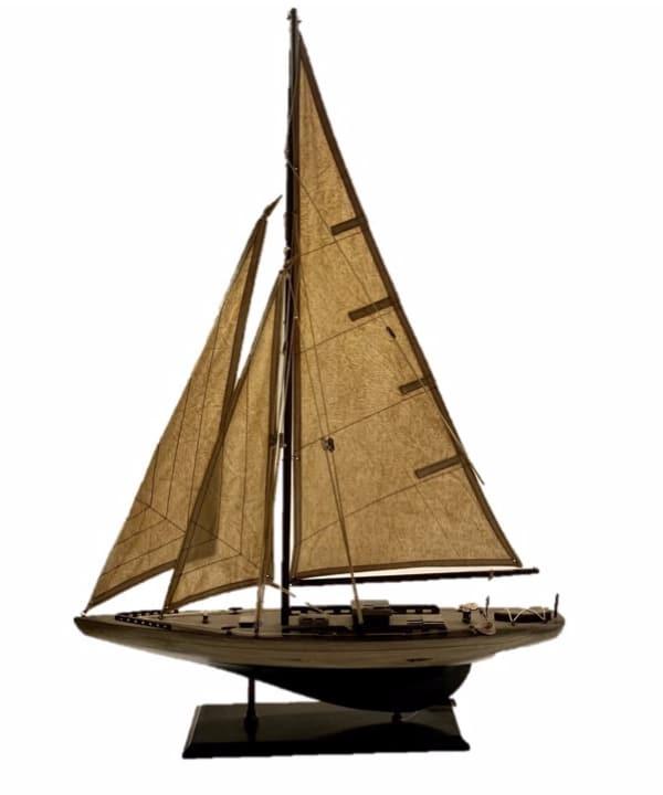 Escultura barco madeira e tecido 1 - Divino Espaço