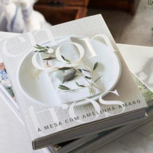 Livro Encontros à Mesa com Amelinha Amaro 3 - Divino Espaço